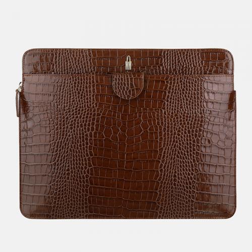 Brązowa torebka aktówka damska – teczka ze skóry lakierowanej i wzorem krokodyla