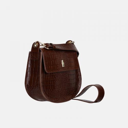 Mała torebka crossbody ze skóry w kolorze brązowym i tłoczeniem imitującym wzór krokodyla