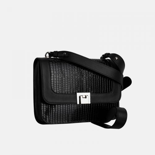 Mała czarna torebka przez ramię ze skóry naturalnej i krokodylim wzorem
