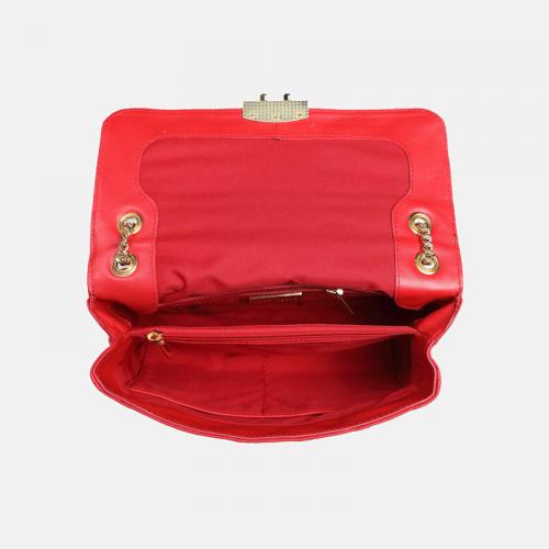 Czerwona torebka skórzana