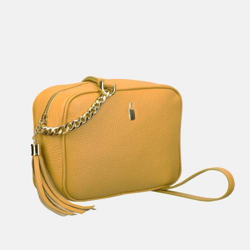 Żółta torebka ze skóry naturalnej – elegancka mała listonoszka z boho detalem