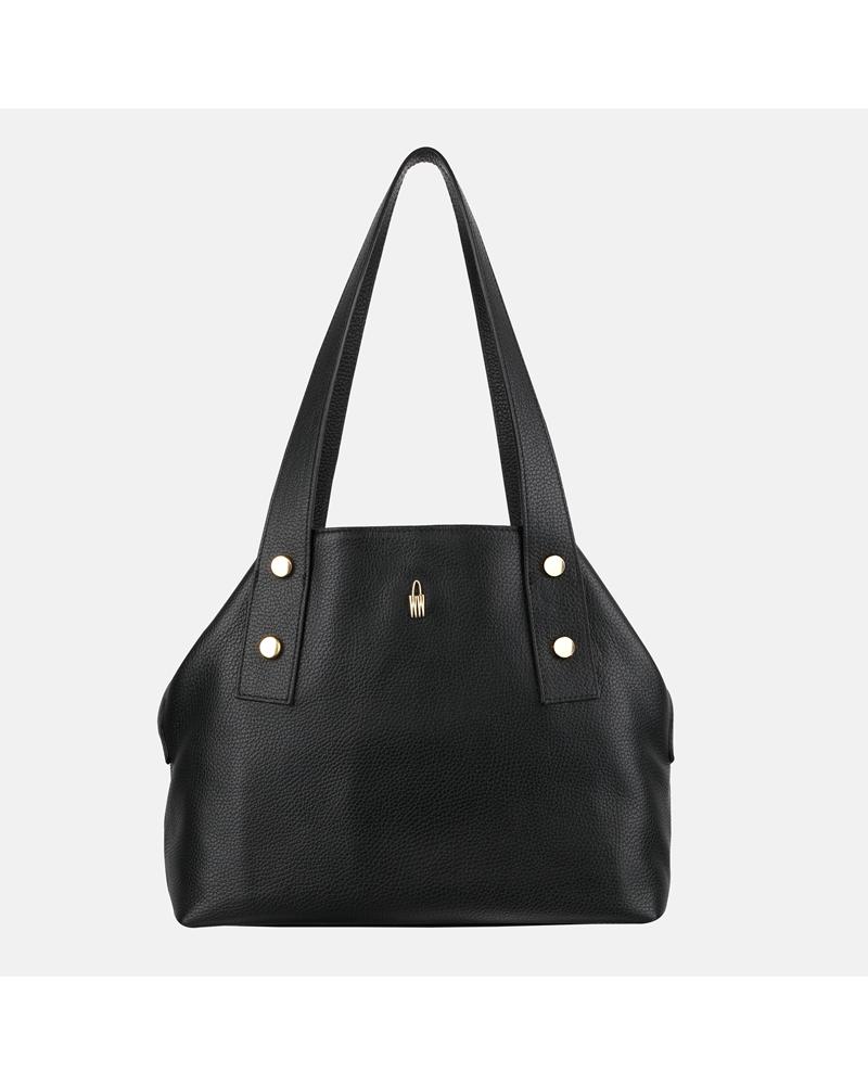 Czarna torebka ze skóry na ramię