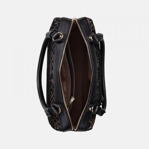 Czarny kuferek skórzany z kolekcji Gold