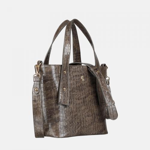 Szara torebka ze skóry naturalnej z tłoczeniem imitującym wzór krokodyla